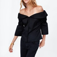OFF-THE-SHOULDER POPLIN TOP DETAILS