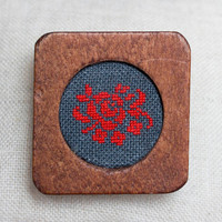 Hand embroidered brooch - floral embroidery - wooden brooch - b008