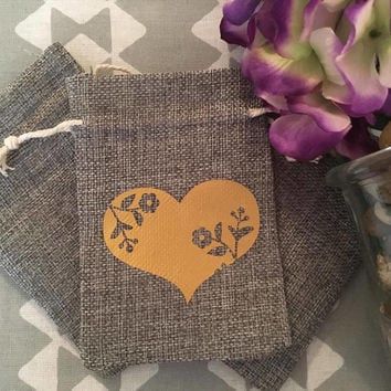 Wedding Heart Flowers Burlap Favor Gift Bags, Wedding Favor Bags, Set of 25 Gift Bags, Drawstring Favor Bags, Party Favor Bags