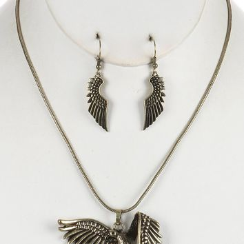 Gold Aged Finish Metal Flying Dove Pendant Necklace And Earring Set