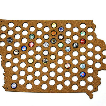Beer Cap Map IOWA State USA, Beer Cap Holder, Beer Cap Display, Beer Aficionado Gift for Him, Groomsmen gift, Father's Day Cork, Plywood