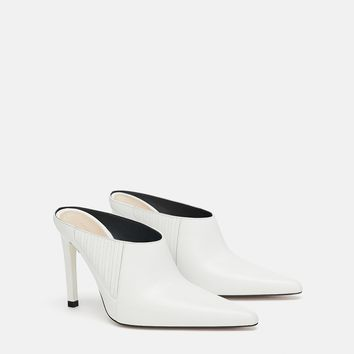 LEATHER HEELED MULES DETAILS