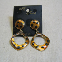 Vintage 1980s Big Leopard Print Clip Earrings