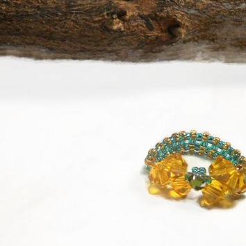 Topaz Ring, Beaded Ring, Seed Bead Ring, Bow Tie Ring