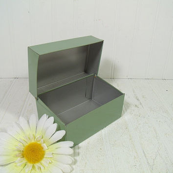 Retro Sea Foam Green Metal Recipe Box 5 x 3 Inch Card Size - Vintage Syndicate Mfg. Mid Century 3 x 5 File Organizer in SeaFoam Mint Green