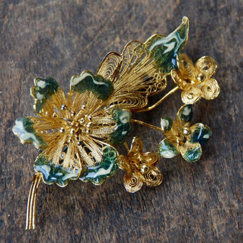 Vintage Cannetille Sterling Flower Brooch Green Enamel Tips Gold Vermeil Made in Italy Mid Century 1960's // Vintage Silver Jewelry