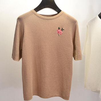 Wild casual embroidery rose round collar sweater T shirt knit top