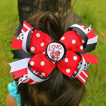 Ladybug Boutique Pinwheel, Layered & Spiked BottleCap Hairbow