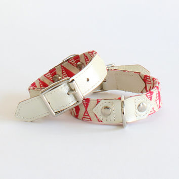 DOG COLLAR Handmade in a modern coral pink geometric print and pearly leather