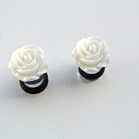 """Small White Cabochon Flower Plugs Gauges 1/2"""" 00g 0g 2g 4g 6g"""