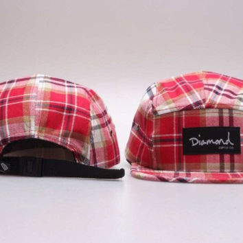 Diamond 5-Panel Plaid Hat