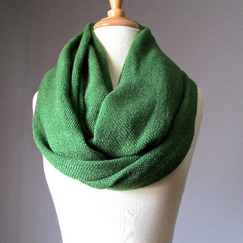 Chunky winter scarf, Green scarf, winter scarf, toasty warm scarf, Shamrock green scarf