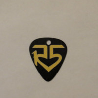 Yellow R5 logo guitar pick pendant unofficial