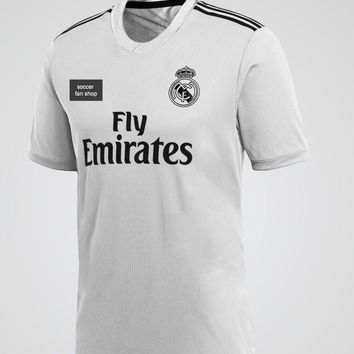 Real Madrid 18/19 Home Jersey