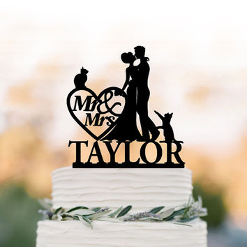 Personalized Wedding Cake topper with Cat, Wedding cake topper mr and mrs. Bride and groom Customized name funny cake topper