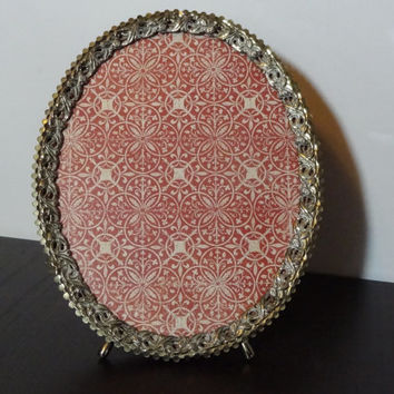 Vintage Oval Footed Antiqued White Washed Ornate 8 x 10 Gold Tone Picture Frame - Hollywood Regency/Shabby Chic
