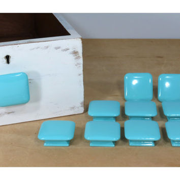 Vintage Square Wooden Furniture Knob Painted Turquoise . Cabinet Drawer Pull . Mid Century . Shabby Cottage . Southwestern Decor