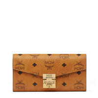 Large Patricia Two Fold Wallet With Chain in Visetos