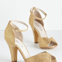 Luxe Fine Dining Heel in Gold