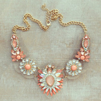 CLEAR BIB NYC STATEMENT NECKLACE