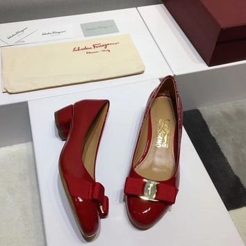 Ferragamo Ferragamo flat shoes in high heels ribbon bow patent leather cowhide shallow mouth round head shoes red Heel height 3.5cm