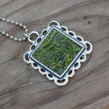 Green Moss Necklace, Eco Friendly, Terrarium Necklace, Terrarium Jewelry, Garden Gift, Living Plant Jewelry, Earth Day