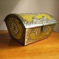 Vintage Large Victoria Cookie Tin or Chest, Vintage Treasure Chest, Keepsake Box