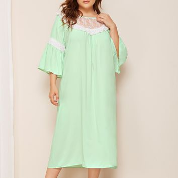 Plus Contrast Lace Ruffle Hem Night Dress