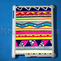 iPad 2 case, iPad 3 case, Aztec Trible Pattern ipad 2 cover for your ipad 2, iPad 3 Cover, Snap on Hard Plastic Case