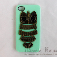 iPhone 4 case, iPhone 4/4s/4g case cover, light green Plastic Cover with bronze owl iPhone 4/4s case
