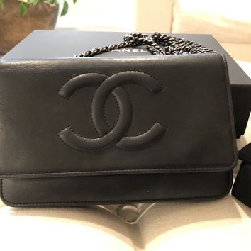 Chanel black leather Wallet On A Chain Crossbody 100% authentic with box and bag