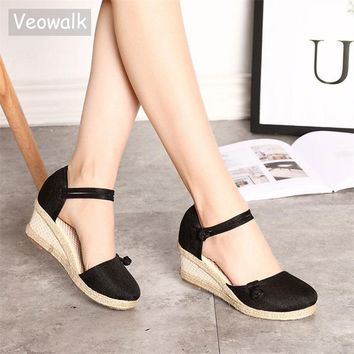 Veowalk Vintage Embroidered Women Sandals Casual Linen Canvas Wedge Sandals Summer Ankle Strap Med Heel Platform Pump Shoes