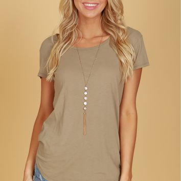 Basic Scoop Neck Tee Olive