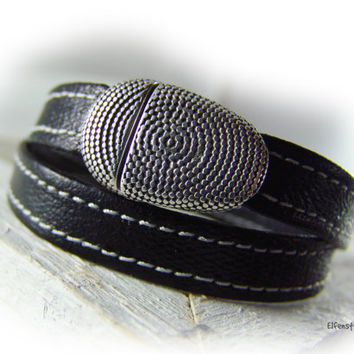 Mens womens wrap leather bracelet black silver  - oval magnetic clasp Zamac -  gift husband father brother friend  - high quality
