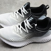 Cheap Women's and men's Adidas Sports shoes ADIDAS ULTRABOOST 009