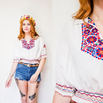 Vintage 1930s Peasant Blouse - Embroidered Floral White Cropped Top Smocked 30s - Small