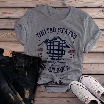 Shirts By Sarah Women's Vintage United States T-Shirt Patriotic America 4th July Shirt