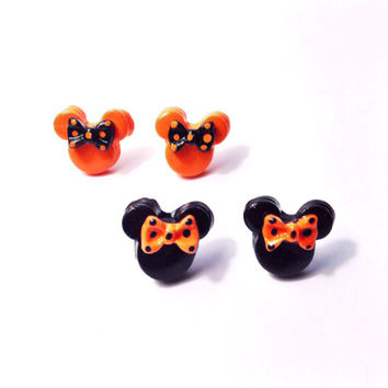 "Handmade polymer clay ""Halloween Minnie"" Minnie Mouse inspired Orange and Black Bow Earrings - Two Styles Available"