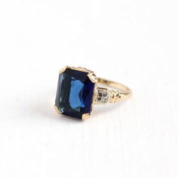 Vintage 14k Yellow & White Gold Simulated Sapphire Flower Ring - 1940s Size 5 1/4 Cobalt Glass Stone September Birthstone Fine Jewelry