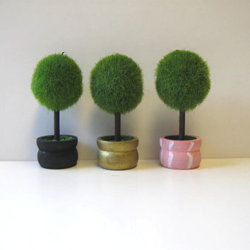 Hand Painted Topiary place card holders, Custom place card holder, party supplies
