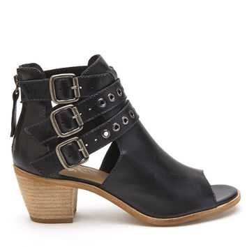 Matisse PRINCETON Black Leather Open-Toe Booties