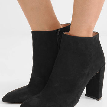 Stuart Weitzman - Pure suede ankle boots