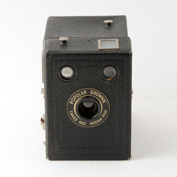 Kodak Popular Brownie 620 Roll Film Box Camera Working 1930s