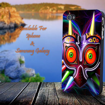 Legend Of Zelda Majora's Mask - Print on hard plastic for iPhone case. Please choose the option.