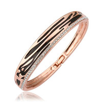 18K Gold Bangle with Leopard Ingrained with Swarovski Elements