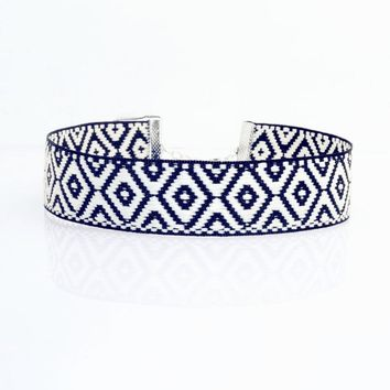 Diamond Pattern Choker
