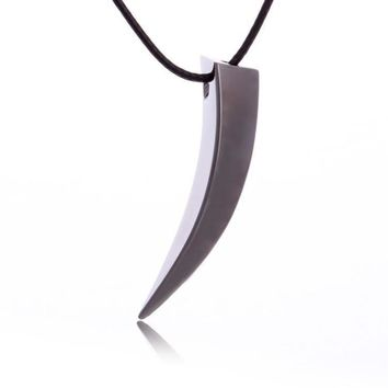 ca kuyou Men Stainless Steel Wolf Tooth Spike Pendant Necklace
