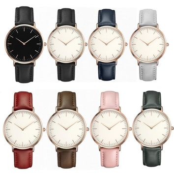 Hot Retro PU Leather Band Analog Quartz Wrist Watch Clock Simple Casual Women Men Watches Ladies Minimalist Leather Strap Watch