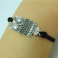 Owl Bracelelt, Enco-friendly Personalized Charm Jewelry Gift.