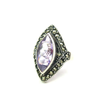 Amethyst Ring. Raised Marquise Light Purple Stone. Marcasites, Sterling Silver 925. Art Deco Style. Vintage 1980s Jewelry. Signed NF. SZ 6.5